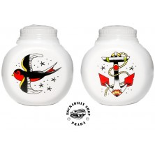 Pepřenka / slánka Sourpuss Clothing Anchor & Sparrow Salt & Pepper Shaker